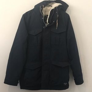(Large)Abercrombie windproof, water resistant coat